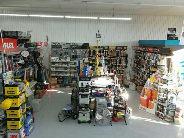 Magasin d'outillage